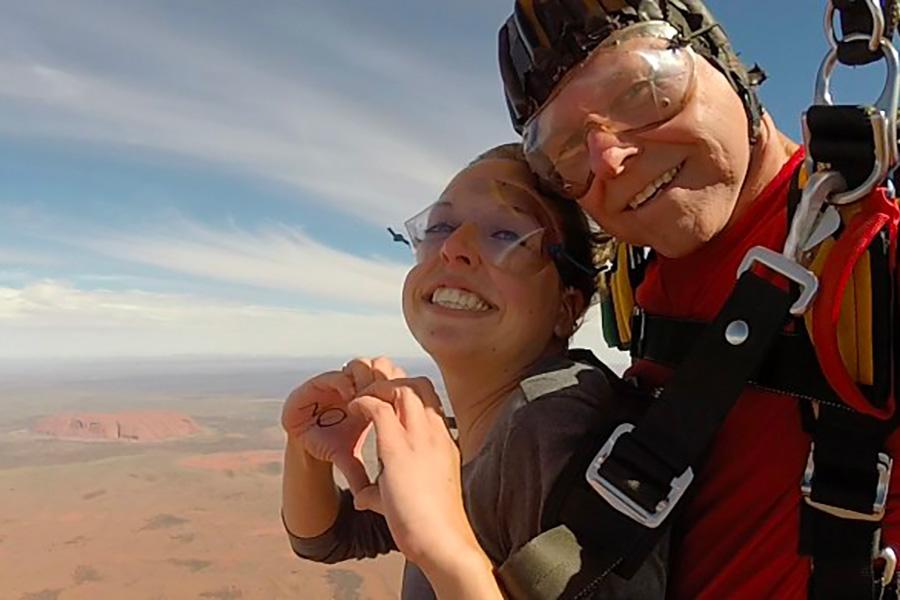 saut en parachute uluru